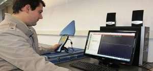 Aristides Silvestris, estudiante trabajando con las mediciones del proyecto.