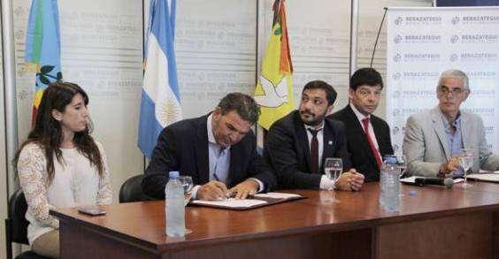Acuerdo Marco de Colaboración con el Hospital El Cruce para la construcción, puesta en funcionamiento y operación de un Centro de Medicina Nuclear y Radioterapia.