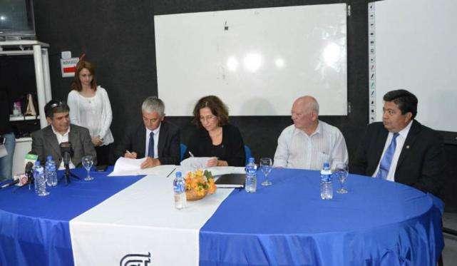 Participaron referentes de la Comisión Nacional de Energía Atómica