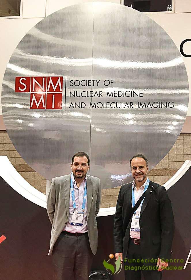 Dr. Gabriel Bruno, Director Médico y el Ing. Diego Passadore, Gerente General de la Fundación Centro Diagnóstico Nuclear (FCDN) en el SNMMI 2017