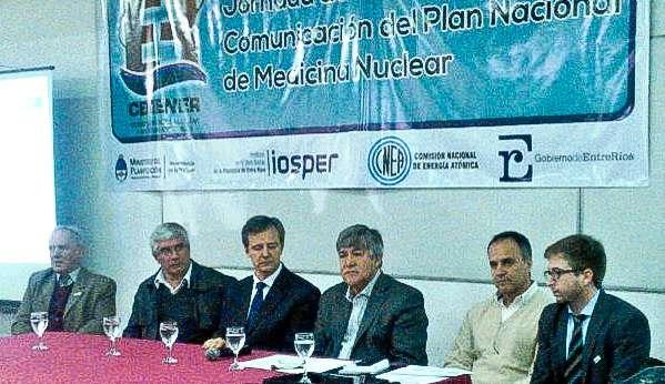 Funcionarios nacionales, provinciales y municipales, durante la apertura de las Jornadas. Foto: AIM