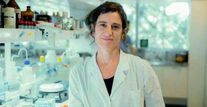 investigadora independiente del CONICET y directora del equipo de Interacciones Bacteria- Hospedador del IIB-INTECH, doctora Arlinet Kierbel