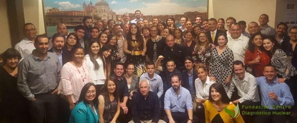 Grupo de cursando Proyectos RLA 6078 (cardiologia) y 6077 (equipos Hibridos en Oncología) junto a Dr Navarro Estrada ((IAEA) y organizadores locales en cóctel de bienvenida.