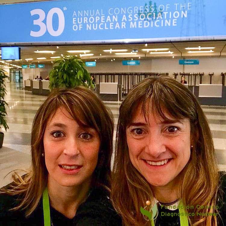Las Dras. Carolina Tinetti y María José Arceluz de la Fundación Centro Diagnóstico Nuclearpresentaron un trabajo científico.