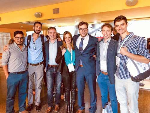 _Los Dres Sonia Traverso, Ricardo Geronazo y Miguel Guzzo de cardiología nuclear con los técnicos y Físicos de FCDN